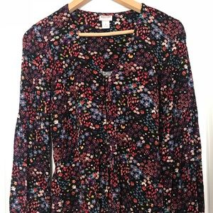 Mossimo flowery top.